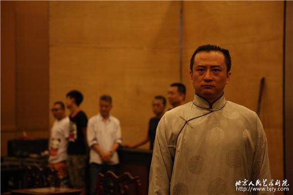 北京人艺演员刘辉_五百场曲终人不散,廿八载经典再启程_北京人民艺术剧院